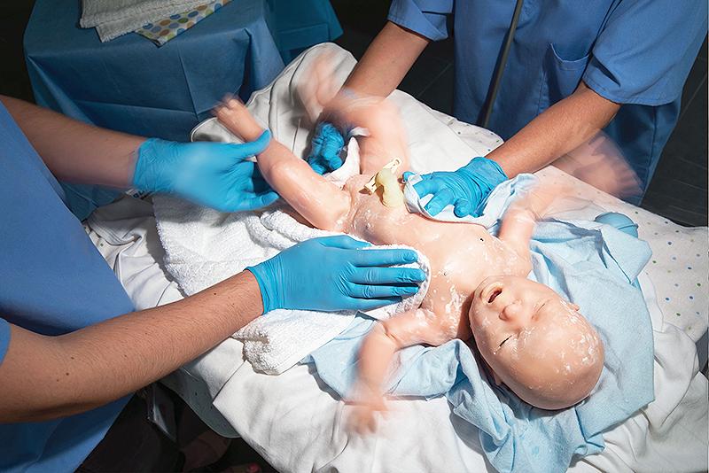 Знакомьтесь, самый современный в мире симулятор новорожденного - Super Tory.